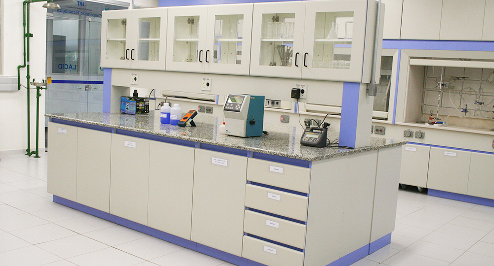 Mobiliários Indústria Química